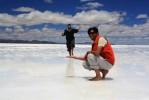 Notre guide Ronny dans le salar d'Uyuni